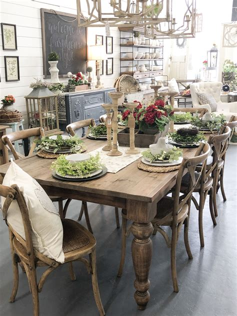 Farm-Style-Table-Settings