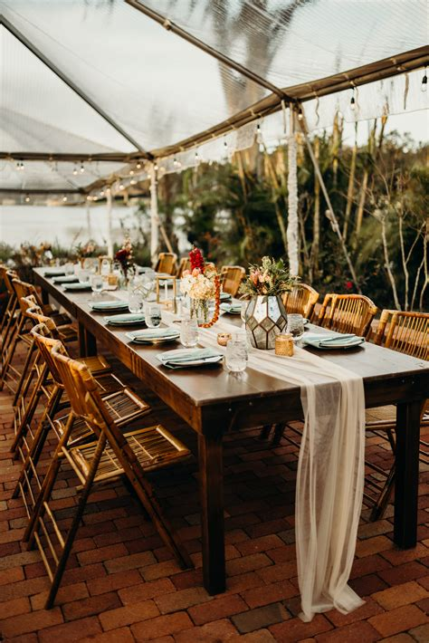 Farm-Table-For-Weddings-Size