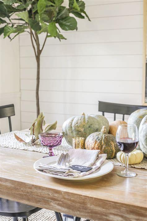 Farm-Table-Thanksgiving-Settings