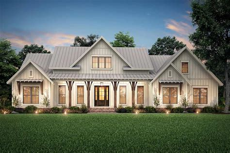 Farmhouse Home Plans Three Bedroom