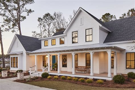 Farmhouse Home Plans With Wrap Around Porch