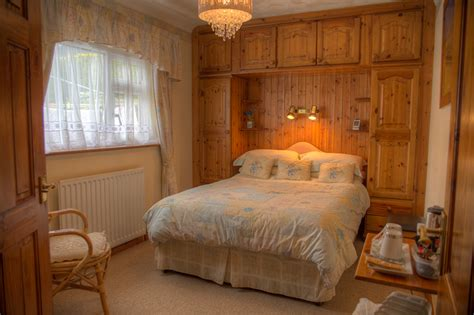 Farmhouse-Bed-And-Breakfast-Aberystwyth