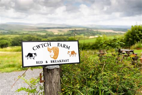 Farmhouse-Bed-And-Breakfast-Gower-Peninsula