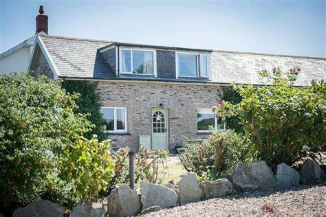 Farmhouse-Bed-And-Breakfast-Ilfracombe