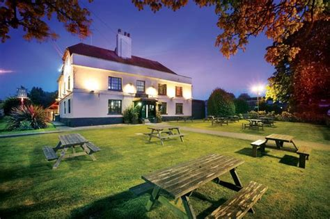 Farmhouse-Bed-And-Breakfast-Near-Eastbourne