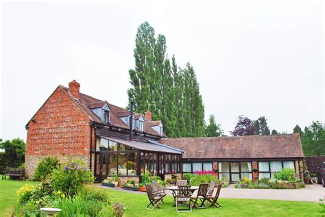 Farmhouse-Bed-And-Breakfast-Near-Hereford