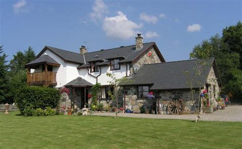 Farmhouse-Bed-And-Breakfast-North-Wales