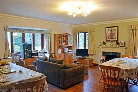 Farmhouse-Bed-And-Breakfast-South-Yorkshire