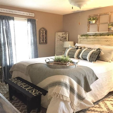 Farmhouse-Bedroom-Bedding