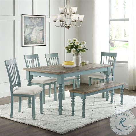 Farmhouse-Blue-Dining-Room-Table