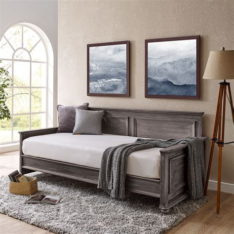 Farmhouse-Daybed-Bedding