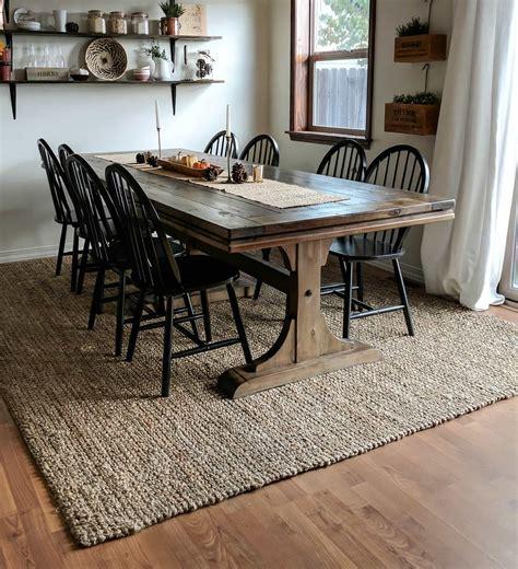 Farmhouse-Dining-Room-Table-Rug