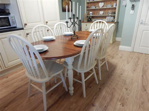 Farmhouse-Dining-Table-And-6-Chairs