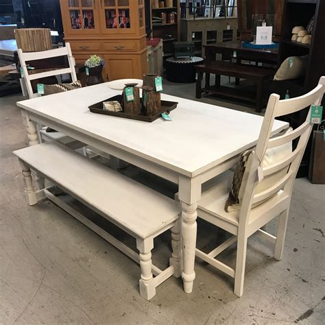 Farmhouse-Dining-Table-Nashville