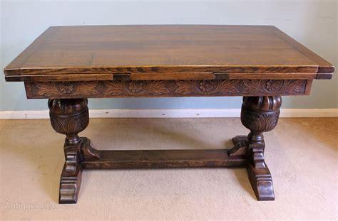 Farmhouse-Draw-Leaf-Table