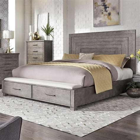 Farmhouse-King-Bed-With-Drawers