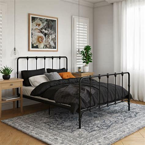 Farmhouse-Metal-Platform-Bed