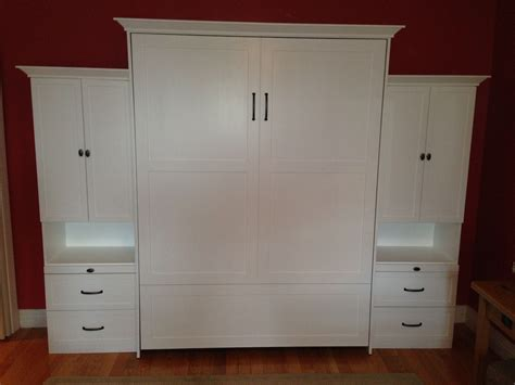 Farmhouse-Murphy-Bed