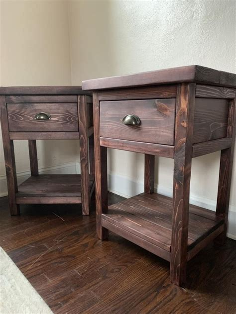 Farmhouse-Nightstand-Table-With-Drawer