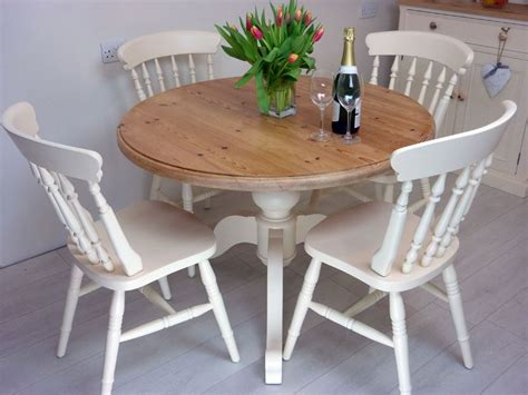 Farmhouse-Pedestal-Table-And-Chairs