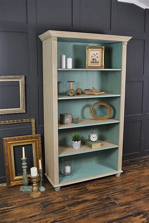 Farmhouse-Pine-Bookcase