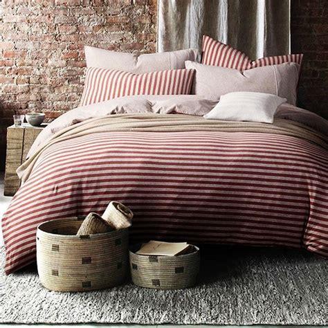 Farmhouse-Pinstripe-Bedding