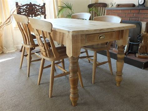 Farmhouse-Rustic-Table-With-Drawers-Dining