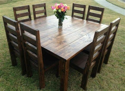 Farmhouse-Style-Square-Dining-Table