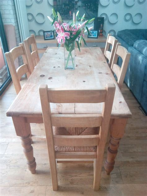 Farmhouse-Table-And-Chairs-For-8