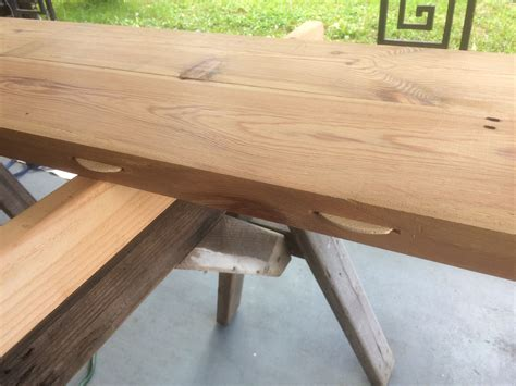Farmhouse-Table-Biscuit-Joint