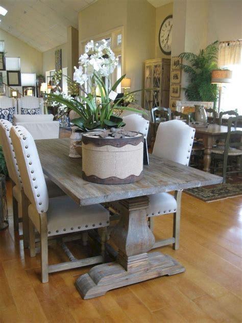 Farmhouse-Table-Decor-Pinterest