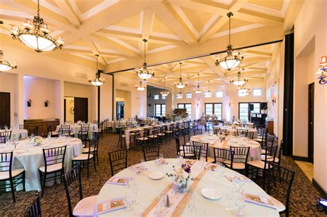 Farmhouse-Table-Fallbrook