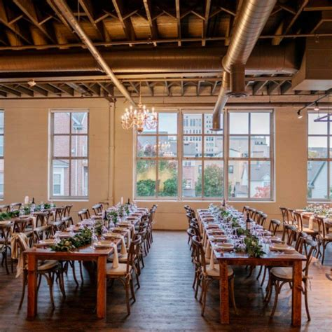 Farmhouse-Table-Rochester-Ny