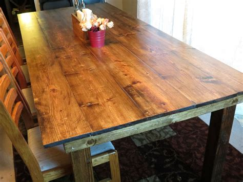 Farmhouse-Table-Stains-For-Pine