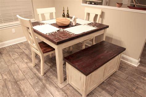 Farmhouse-Table-Storage