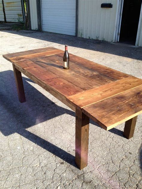 Farmhouse-Table-With-Extension-Leaf