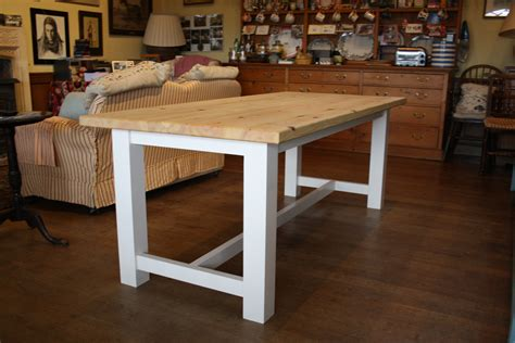Farmhouse-Table-Workshop