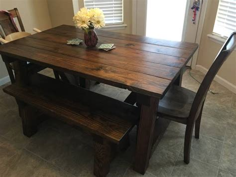 Farmhouse-Tables-Missouri