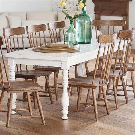 Farmhouse-Vase-Turned-Dining-Table