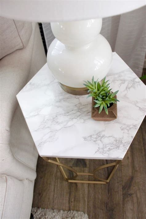 Faux-Marble-Table-Diy