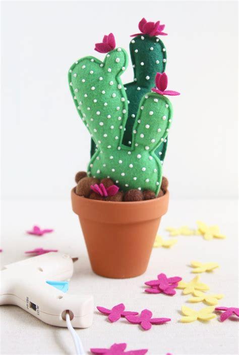 Felt-Cactus-Diy