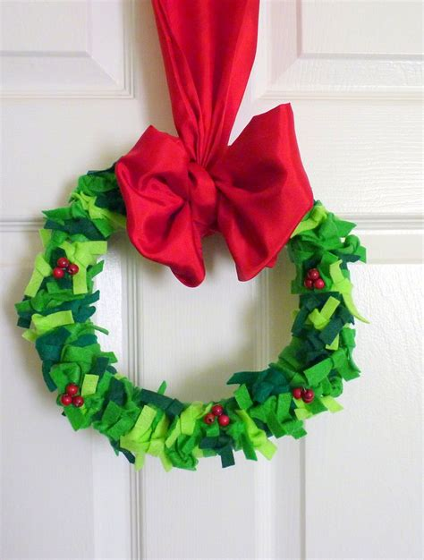 Felt-Wreath-Diy