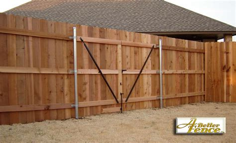 Fence-Building-Woodworking-Plans