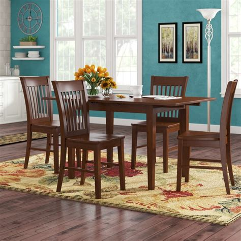 Fia 5 Piece Extendable Dining Set