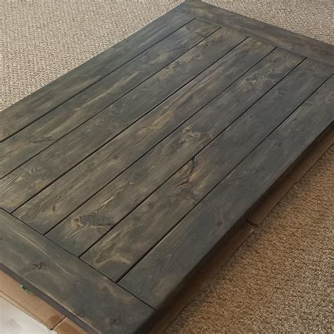 Filling-Gaps-In-Farmhouse-Table