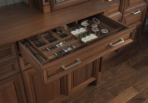 Fine Woodworking Custom Shelves