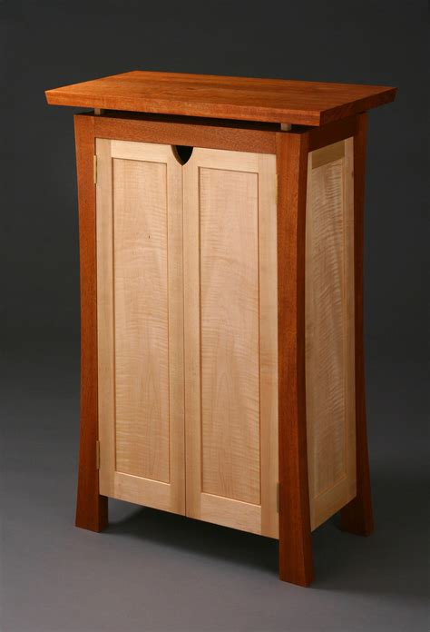 Fine-Woodwork-Cabinets