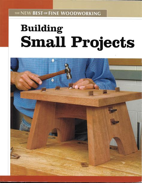Fine-Woodworking-Building-Small-Projects