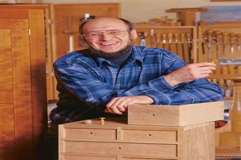 Fine-Woodworking-Christian-Becksvoort