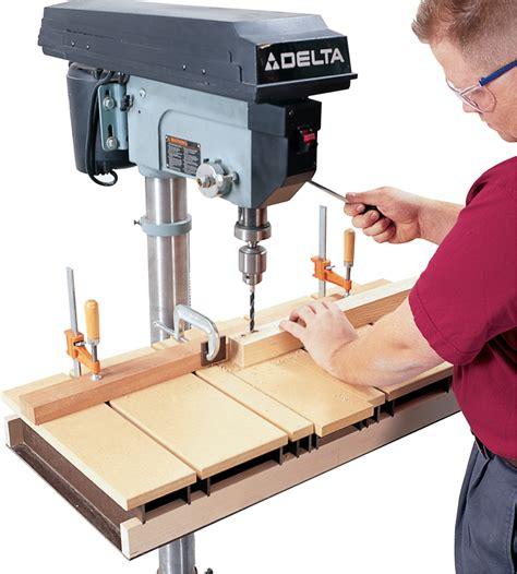 Fine-Woodworking-Drill-Press-Table